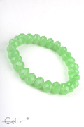 elastic bracelet with  facetted 10 mm glassbeads